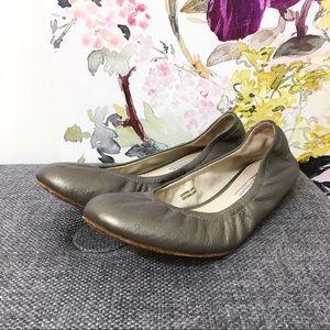 Vera Wang Lavender Metallic Flats
